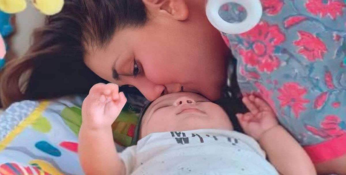 Kareena Kapoor Khan's second son Jeh broke the internet with his hide-and-seek picture