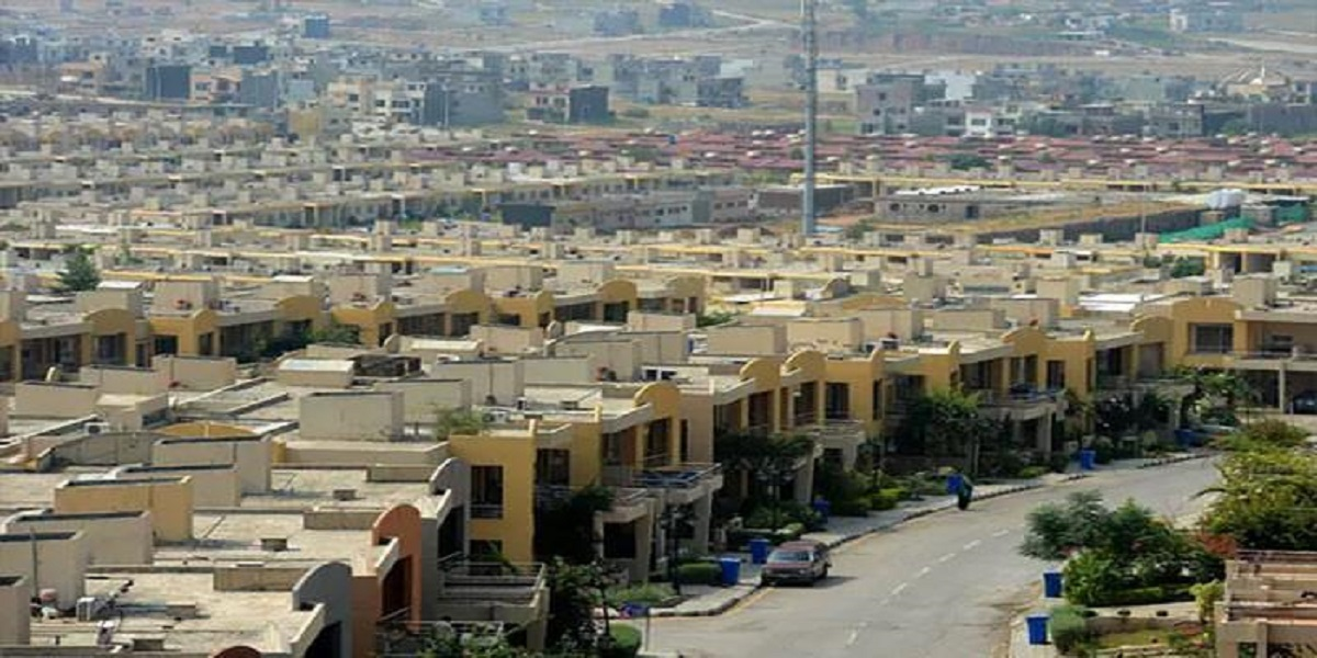 Lack of infrastructure, utilities impeding new housing projects in Karachi: Habib