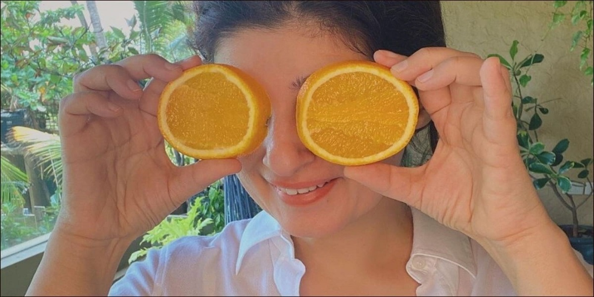 Twinkle Khanna consumes orange peels to gain the benefits of citrus fruit