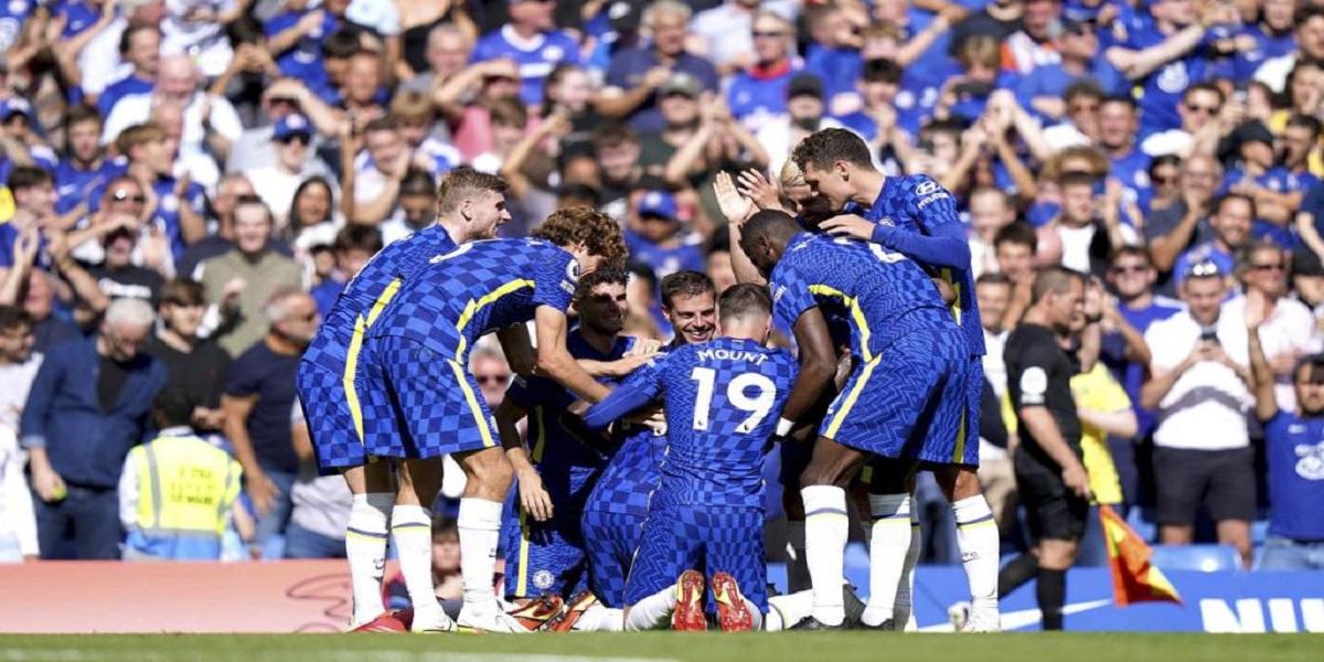 Premier League: Chelsea wins 3-0 as Palace collapse at the Bridge