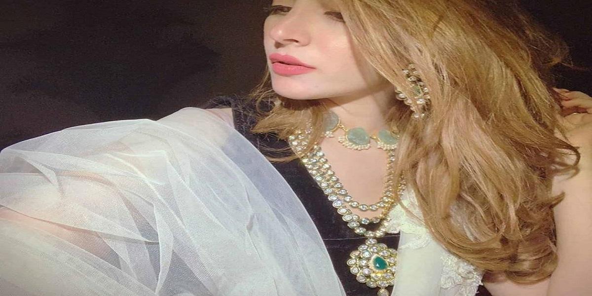 Naimal Khawar son