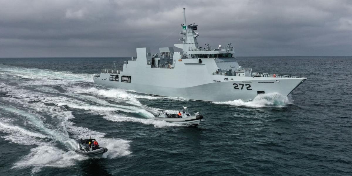 Pakistan Navy ship visits Algeria port
