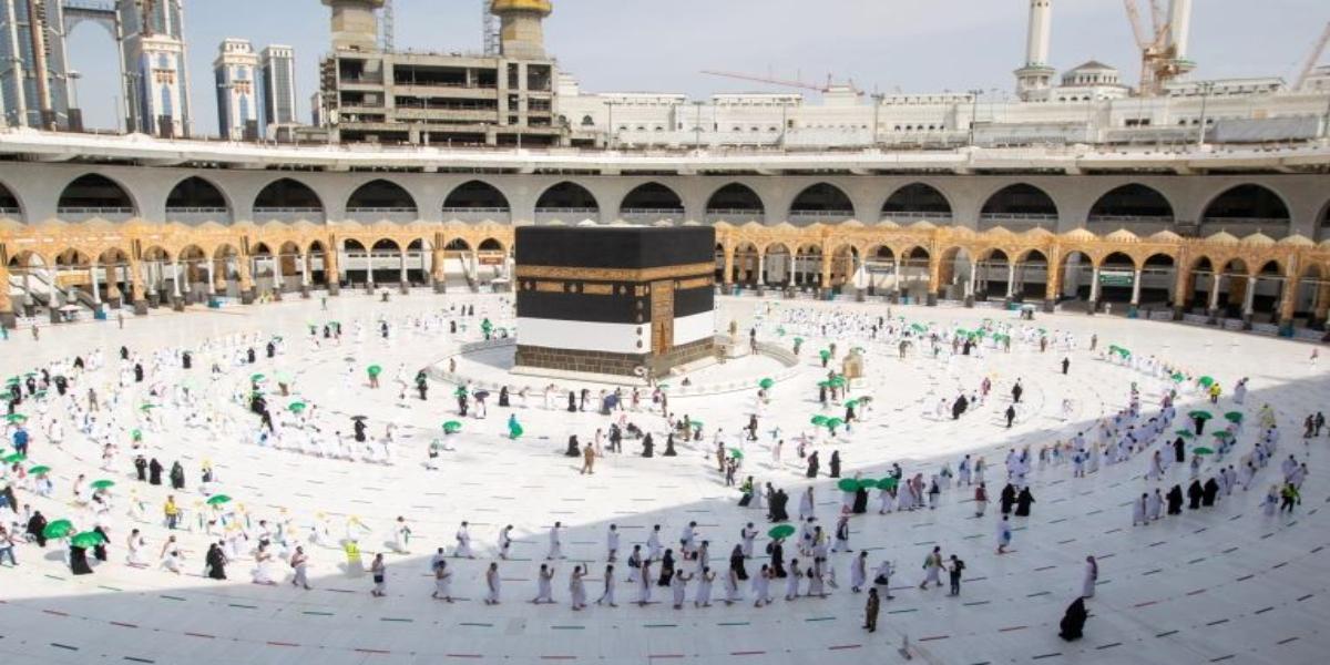 Saudi Arabia Allows Vaccinated Pilgrims As Umrah Pilgrimage Resumes Today