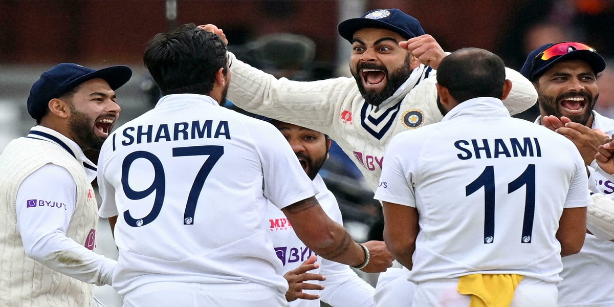 England vs India: Indian pacemen trashes England in second test