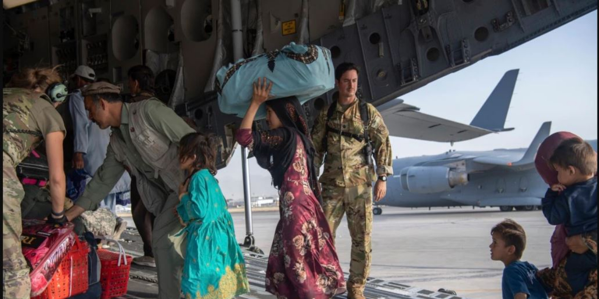 Kabul airport blasts: Australia halts ongoing evacuation mission amid fears of further attacks