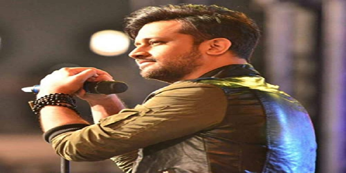 Atif Aslam reveals he sang Gerua for Dilwale in an interview
