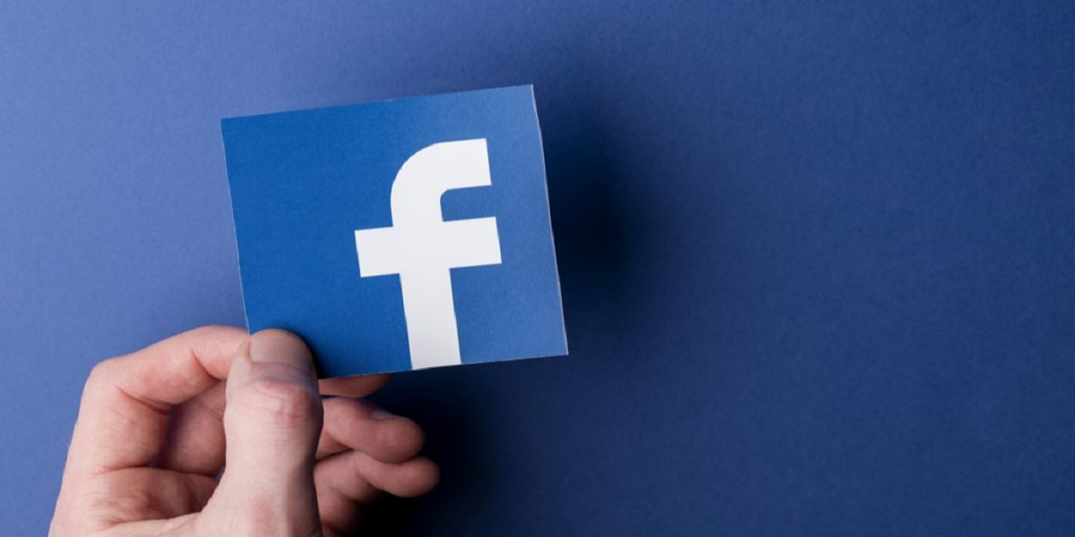 Facebook prohibit the publication of report that cast it in a negative light