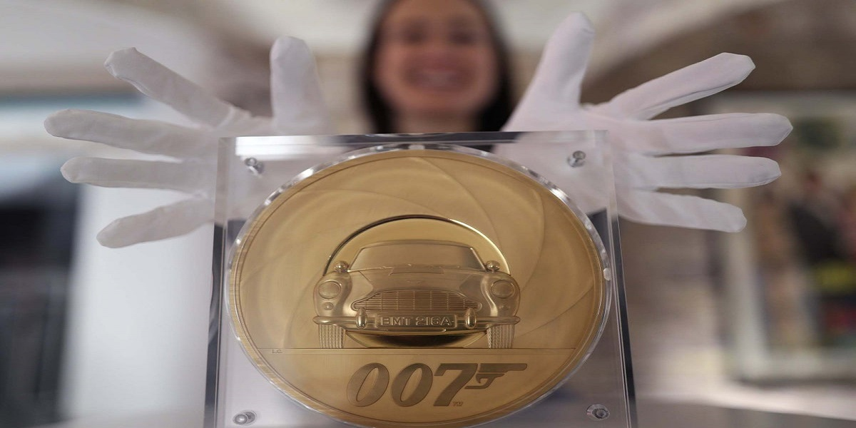 Prize of the raffle will be a James bond coin worth £175k