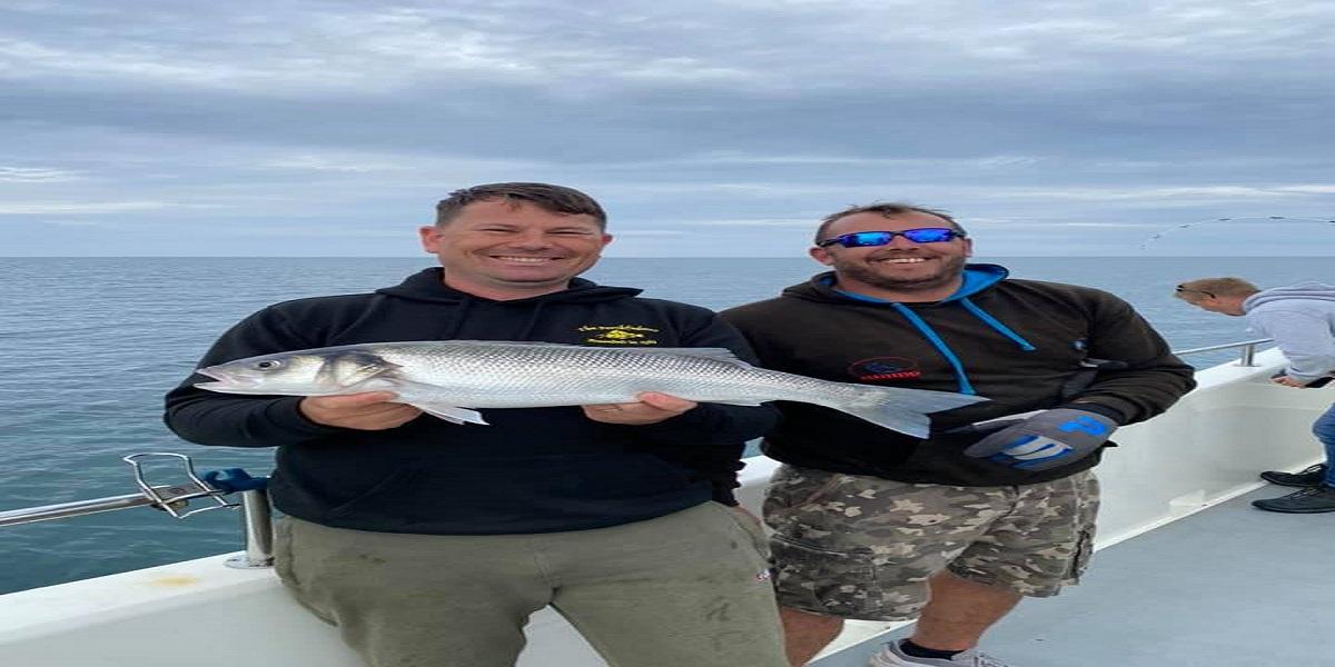 Mind-Blowing Capture: Man Captures Record-Breaking 7-Foot Shark