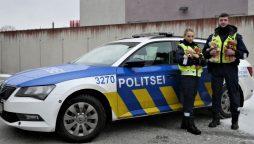 British police use teddy bears to comfort children