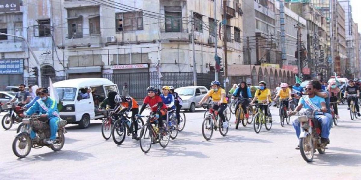Humera Baloch wins Defense Day Women's Cycle Race