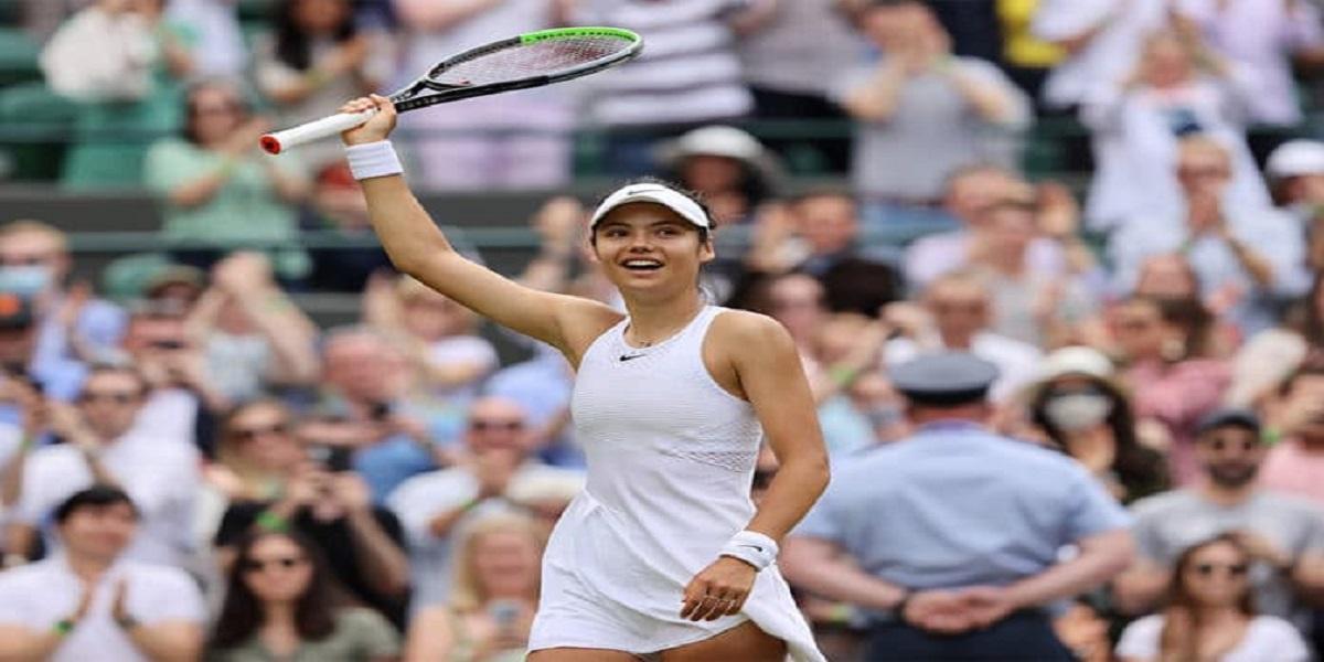 Emma Raducanu defeats Maria Sakkari and qualifies to the Grand Slam final