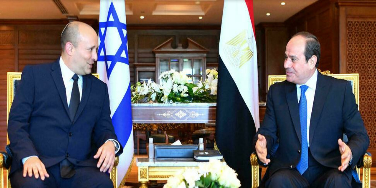 Bennett meets Sisi on first Egypt trip by Israeli PM in decade