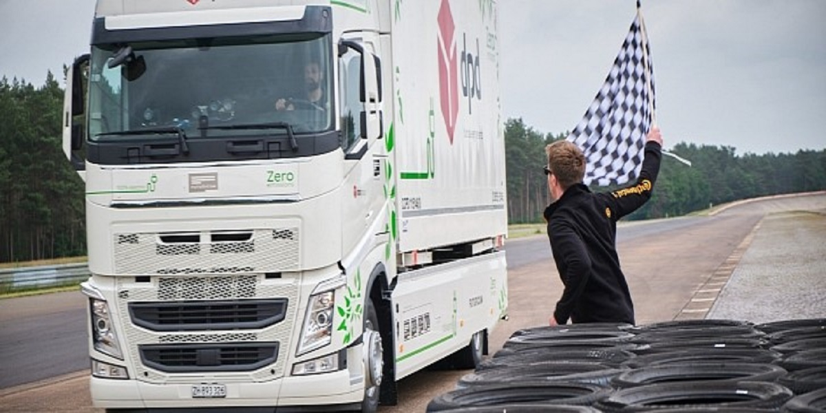 Electrified truck travels 683 kilometers on a single charge, setting a Guinness world record