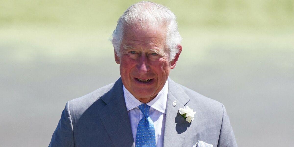 le-prince-charles-juge-snob-impenitent-ce-jour-ou-il-a-humilie-une-secretaire