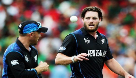 McClenaghan bashes Hafeez: 'Blame our government, not players or NZC'