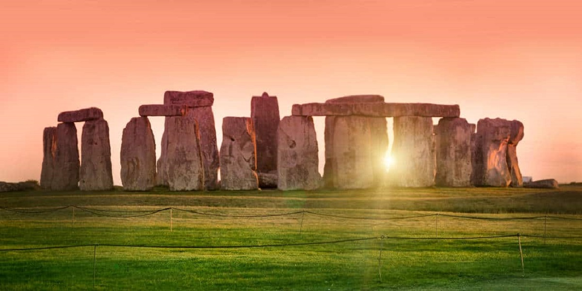 Stonehenge repairs keep the site protected for next generations