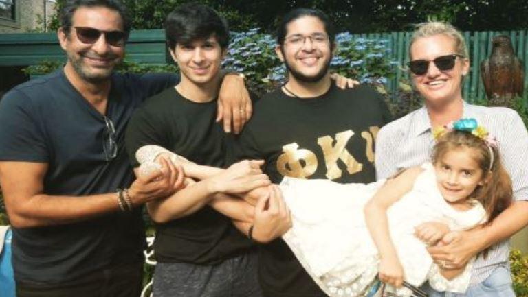 waseem akram with family