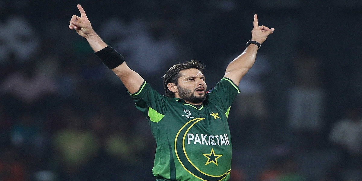 Shahid Afridi is holding the record of bowling the fastest ball by a spinner