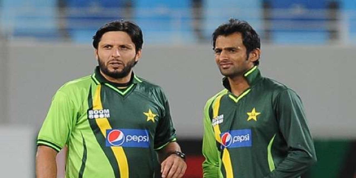 Shahid Afridi appreciates PCB for including Shoaib Malik in the squad