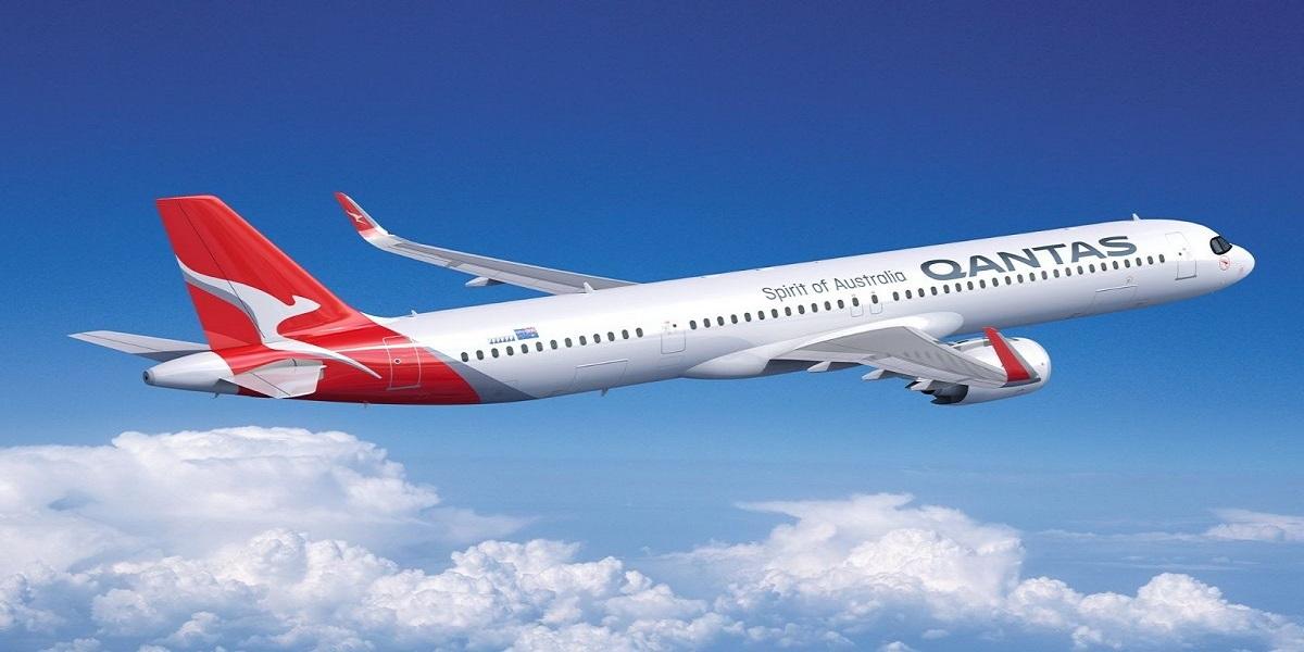 Qantas will resume international flights once the border reopens