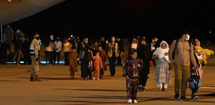 Afghan evacuees arrive in Spain