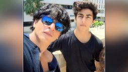 Shah Rukh Khan meets Aryan Khan in jail
